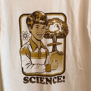 Threadless tee size Large NWT with Science on it